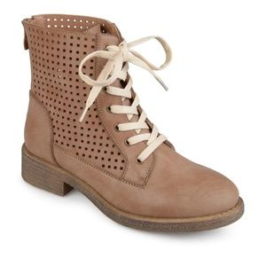 Journey Collection Tan Lace Up Combat Boots size 8
